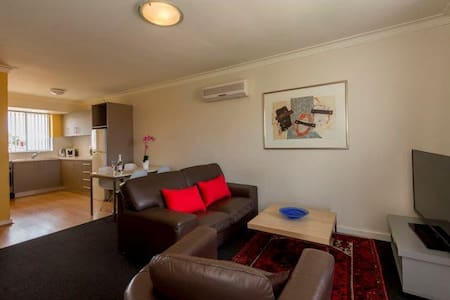 Mt Lawley 2 BR Affordable Luxury Minutes to CBD 5 - Inglewood - Leilighet
