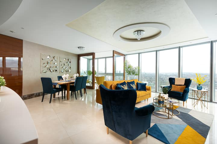 Luxury 2 Bedroom Flat with Breathtaking City Views