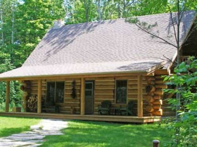 Egg Harbor Log Cabin in the Woods, Door County - Egg Harbor - กระท่อม