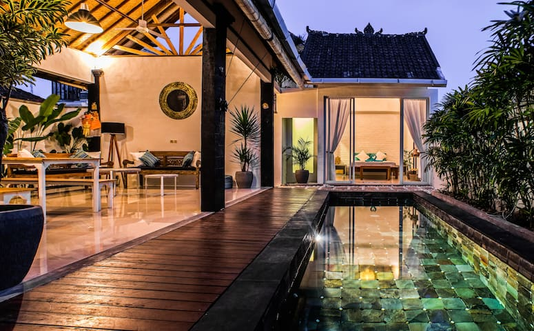 Superb villa 1.5kms beach Canggu private pool