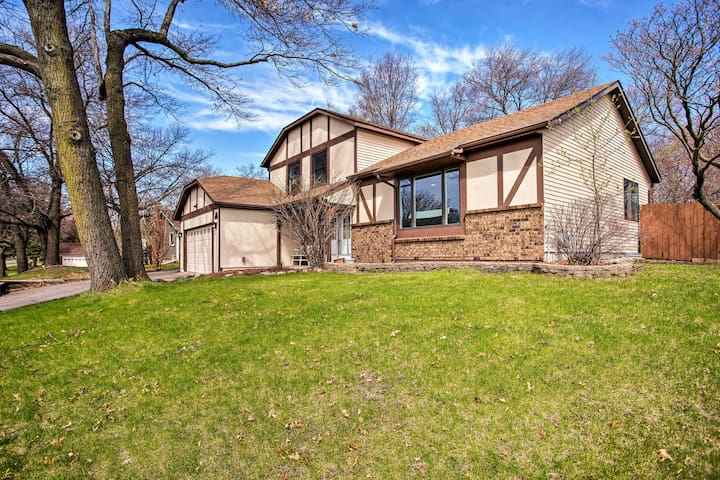 NEW! Family Home 20 Miles to Minneapolis/St Paul!