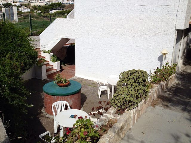 holiday house on the sea side with garden - Peschici - Wohnung