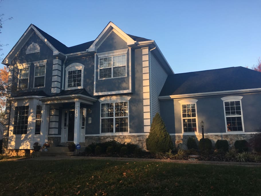 5 Br Easy Train Ride To Washington Dc Dogs Ok Houses For Rent In Manassas Virginia United