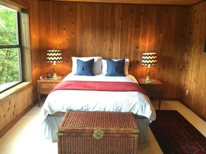1- River View Master ensuite bedroom- #1