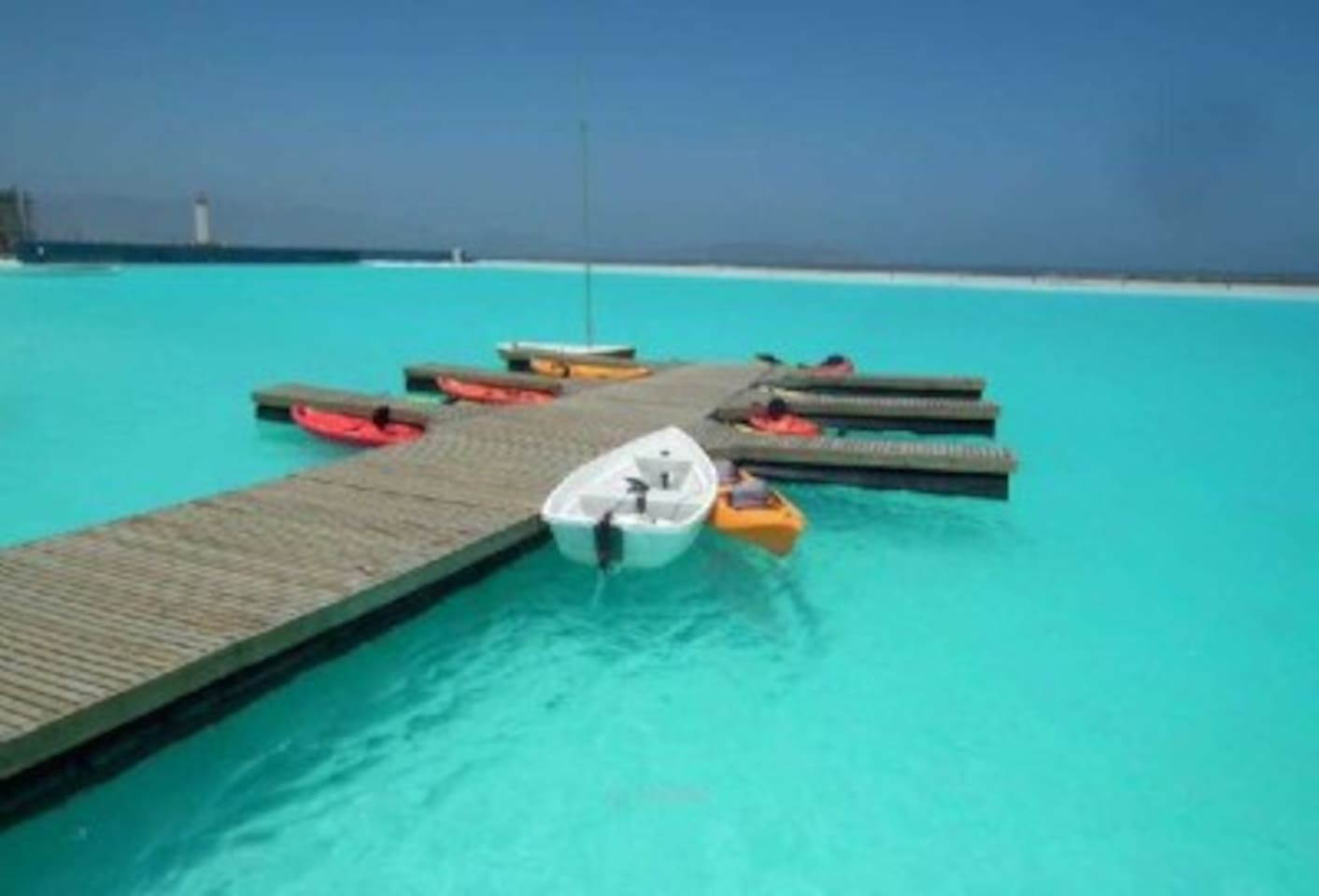 Uso de Kayak gratuito para huéspedes en laguna navegable
