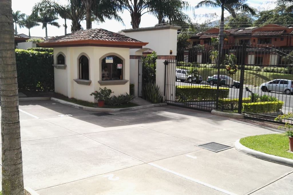 Private entrance to the condominium with 24 hours security