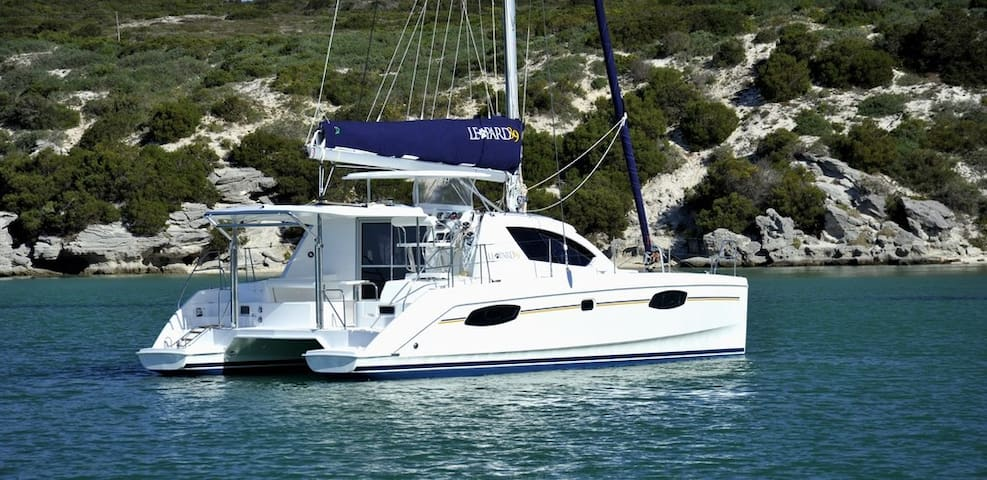 SPECIAL OFFER! Like New! Sailing Yacht