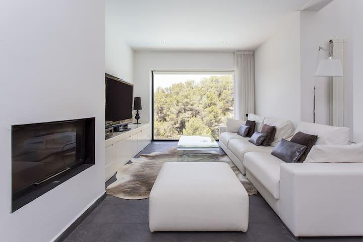 Casa minimalista espectacular cerca de Barcelona - Olivella - Villa