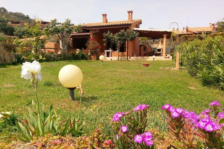 Giuly's Home Costa Rei,Il relax a 2 passi dal mare