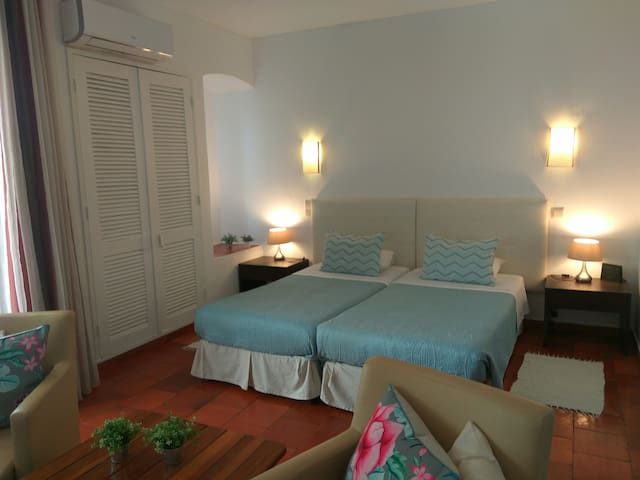 Albufeira Sunny & Cozy Studio near beach
