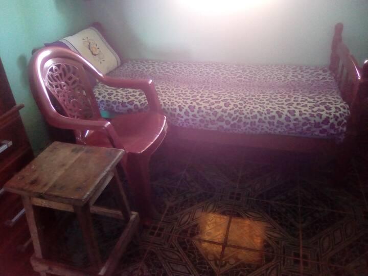 """Na simplicidade de um quarto, a leveza do """"ser""""..."""