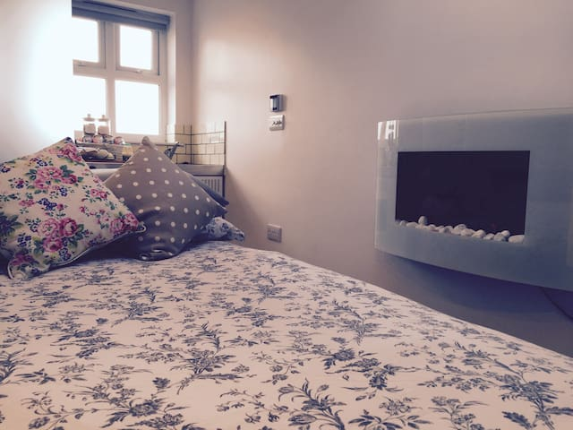 Little Den - Private Luxury Annex