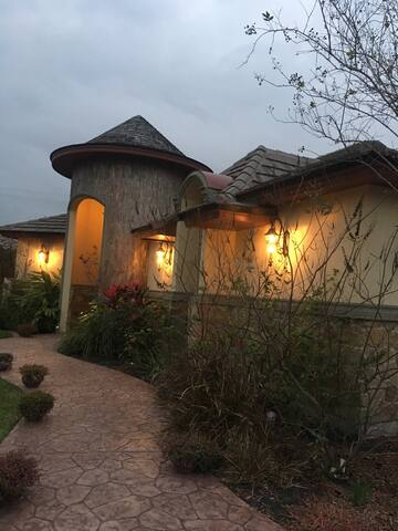 2 rooms/gated community, 1st class - McAllen - Casa