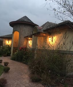 2 rooms/gated community, 1st class - McAllen - Haus