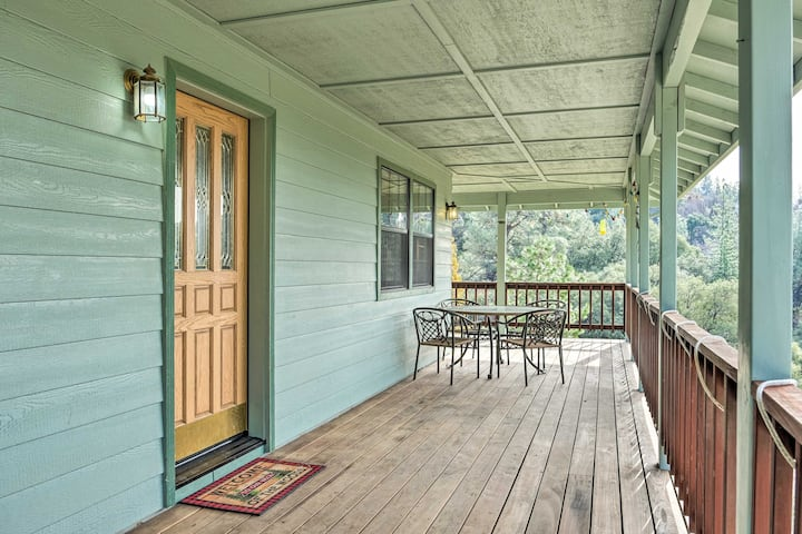 NEW! Peaceful Tuolumne Hideaway w/ Sweeping Views!