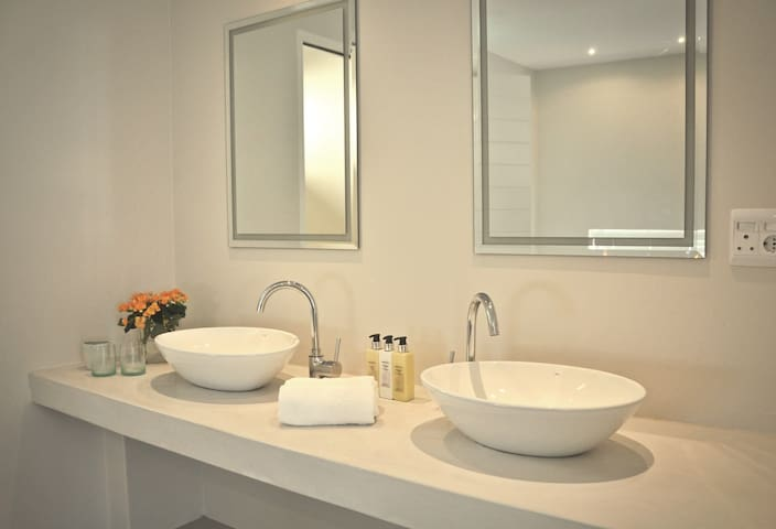 All our rooms have double basins. Bathrooms have a separate toilet and separate shower.