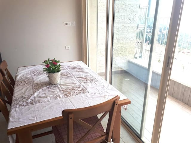 Beautiful apartment with Panoramic view - Jerusalem - Lägenhet