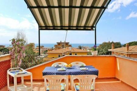 Terrazza Calliope (next to the beach)