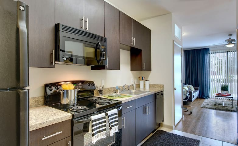 Studio apartment 1 mile from UCF - Orlando - Apartamento