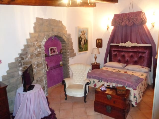 B&B Le 2 Suite Viola e Arancio WiFi - Viterbo - Bed & Breakfast