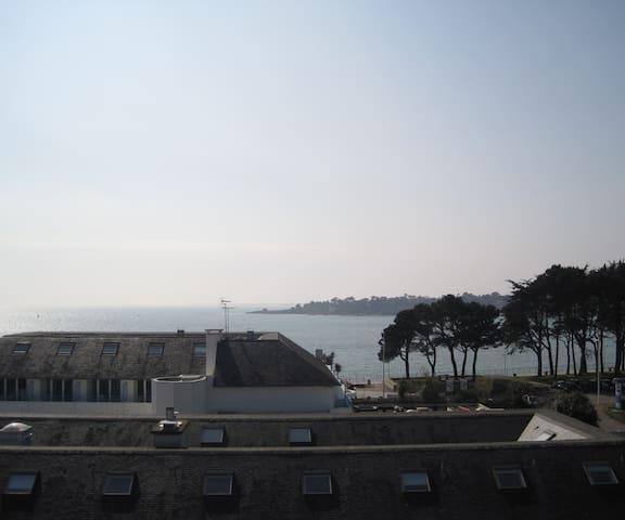 Studio avec belle vue EXCEPTIONNELLE sur mer - Bénodet - Apartment