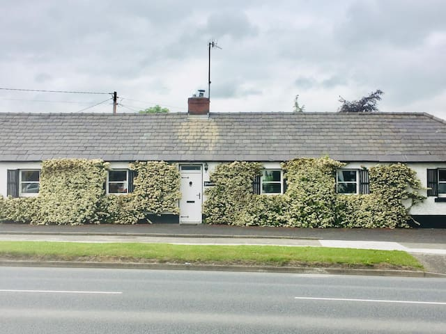 Traditional Riverside Cottage in Drogheda