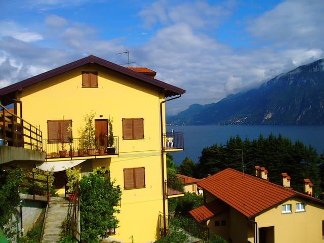 Lake View Apartment near Bellagio - Limonta - Apartment