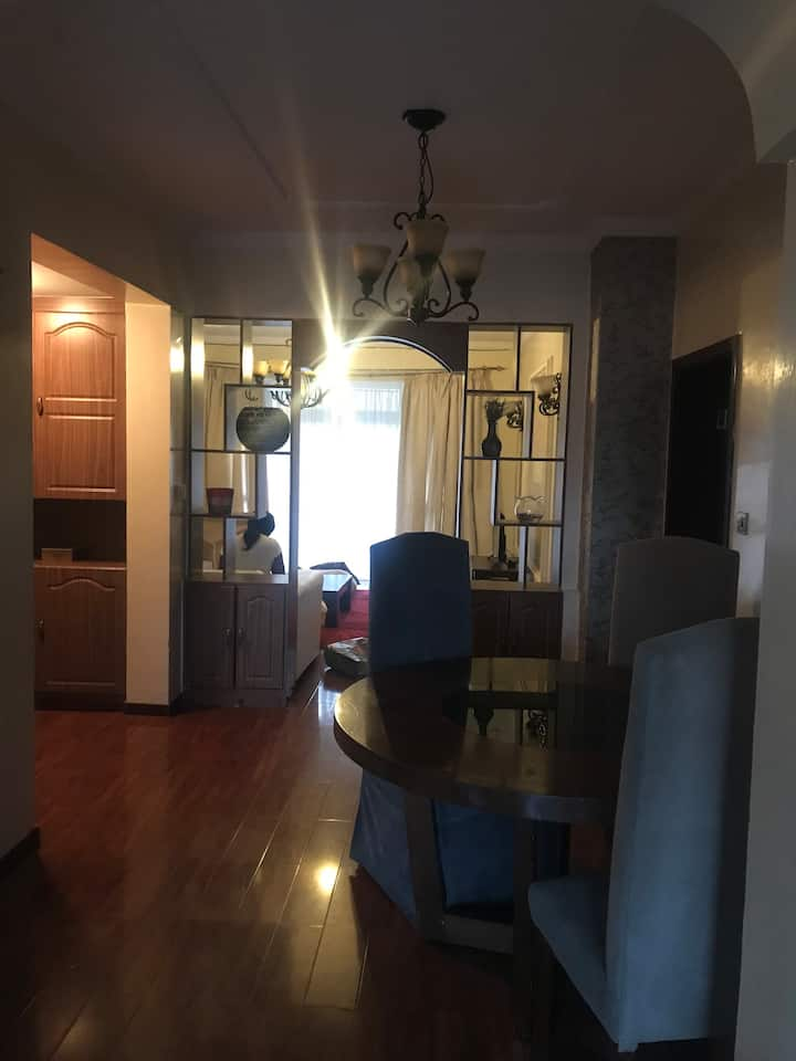 Spacious, Clean well lit 3 Bedroom Apartment