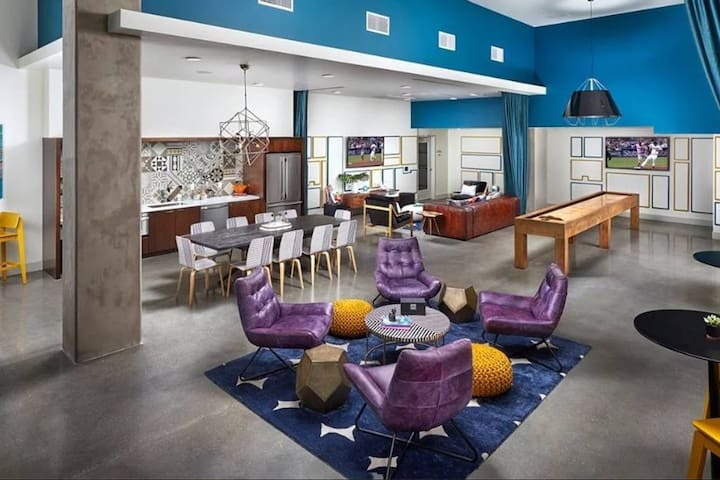 Super luxury West Hollywood Apartment