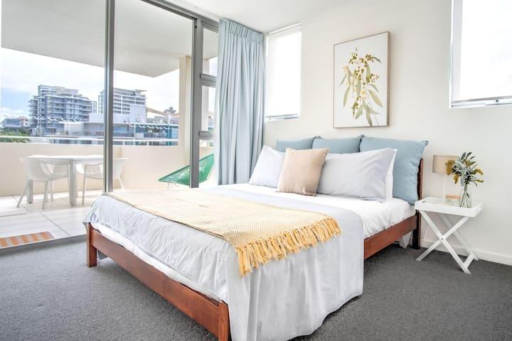 Queen Bedroom 2 downstairs