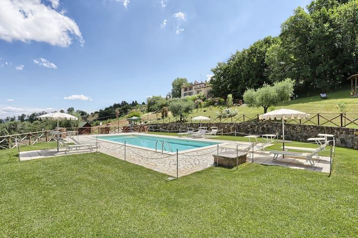 Rural Umbria | Farmhouse with pool | Casa Fuoco