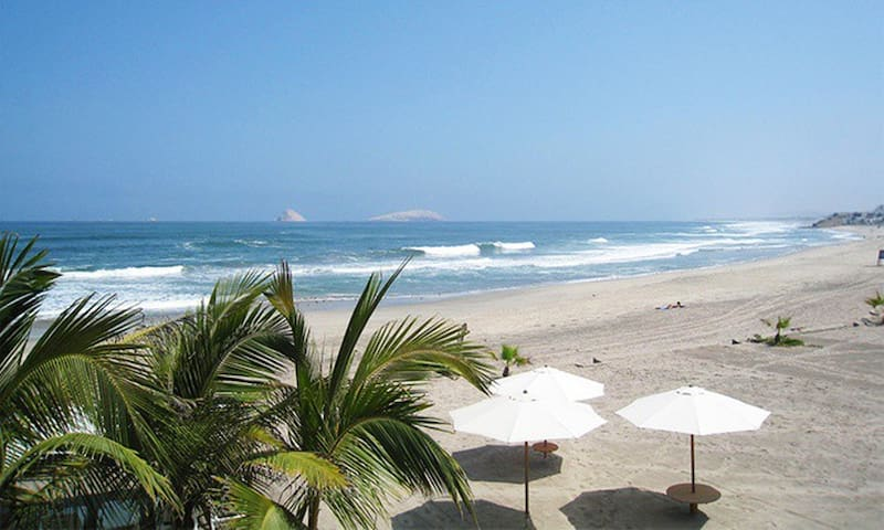 Beautiful New Ocean-Front Apartment - Lima - Daire