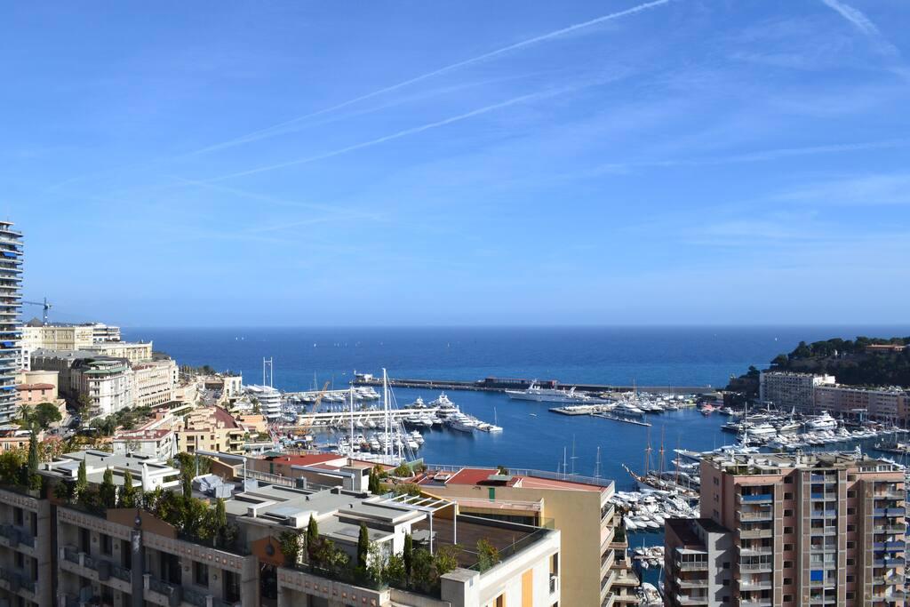 Monaco harbor. Formula 1 Grd Prix. Monaco Yacht Show.