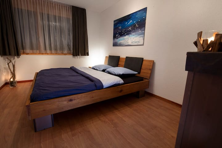 lovely guestroom in the mountains - Meiringen - Apartamento