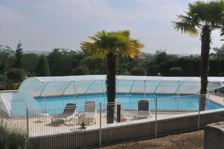 hotel familial vu panoramique - Montfort-en-Chalosse - Gästehaus