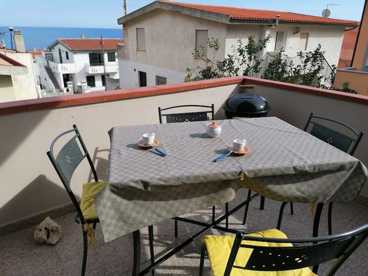 Casa delle Rose-Trilocale vista mare a Cala Gonone