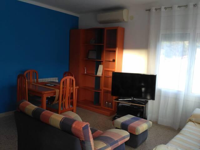 Apartamento zona tranquila Pineda de Mar.