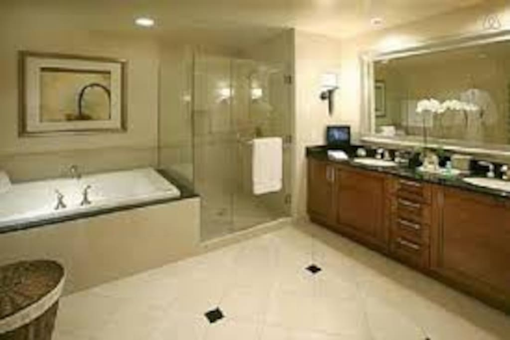 Mgm Signature Balcony Penthouse 72 No Resort Fee Boutique Hotels For Rent In Las Vegas