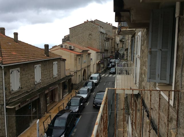 Vue rue principale