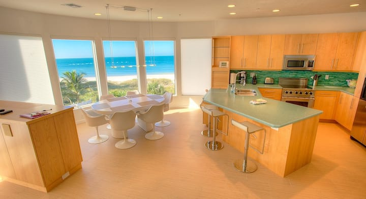 Island Paradise #5 - Sleek Condo with Amazing Gulf Views