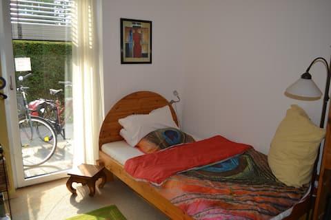 Gästezimmer für Frauen ; Nähe UNI Klinik / Aasee
