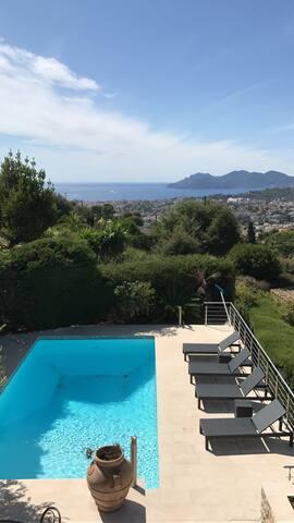 Magnifique villa haut de gamme vue mer