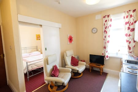 Seahawk Holiday Apartment 1 (sleeps 2) Cleveleys
