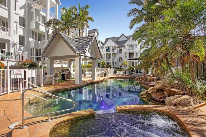 Bay Apartments Unit 10