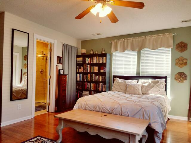 Taste of Charlotte - Master Suite with Full Bath - Charlotte - Casa