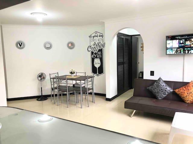 Apartamento moderno 203. Laureles - Bulerias