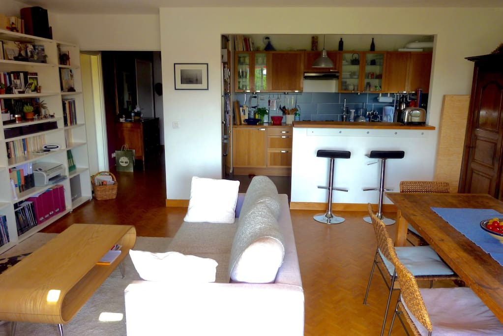 Chambre priv e m tro mairie d 39 issy flats for rent in for Garage ad issy les moulineaux