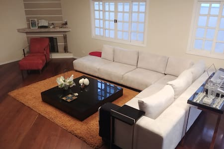 Suite em Residência/ Alphaville