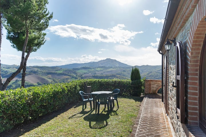 Valley-View Holiday Home in Montelparo with Pool & Garden
