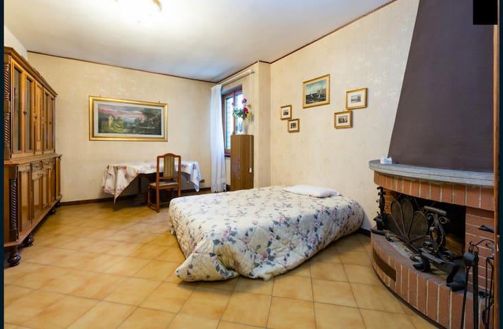 Villa Odette - Caminetto Room